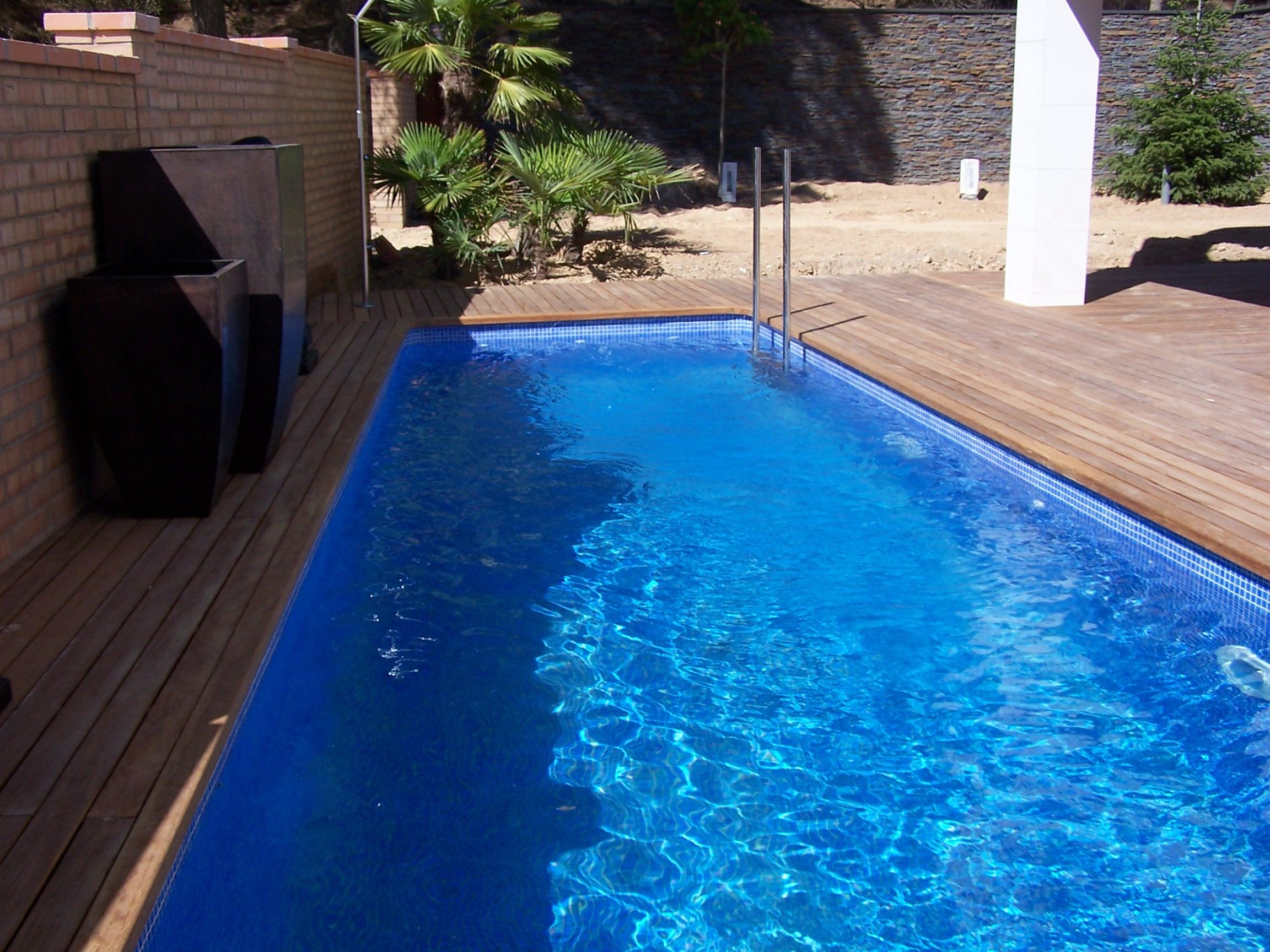 Piscinas de obra codetrac s l expertos en piscinas for Piscinas rectangulares de obra