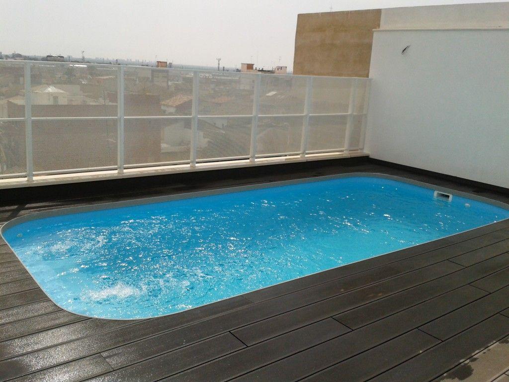 Piscinas de poliester codetrac s l expertos en piscinas for Piscina 50 metros cadiz