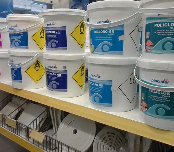 Productos para piscinas codetrac s l expertos en piscinas for Productos para piscinas