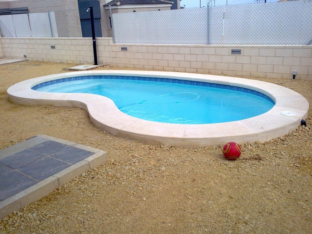 Piscina modelo r 60 codetrac s l expertos en piscinas for Construccion de piscinas merida