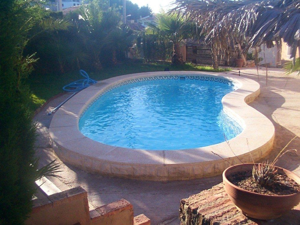 Piscina modelo r 71 codetrac s l expertos en piscinas for Modelos de piscinas de hormigon