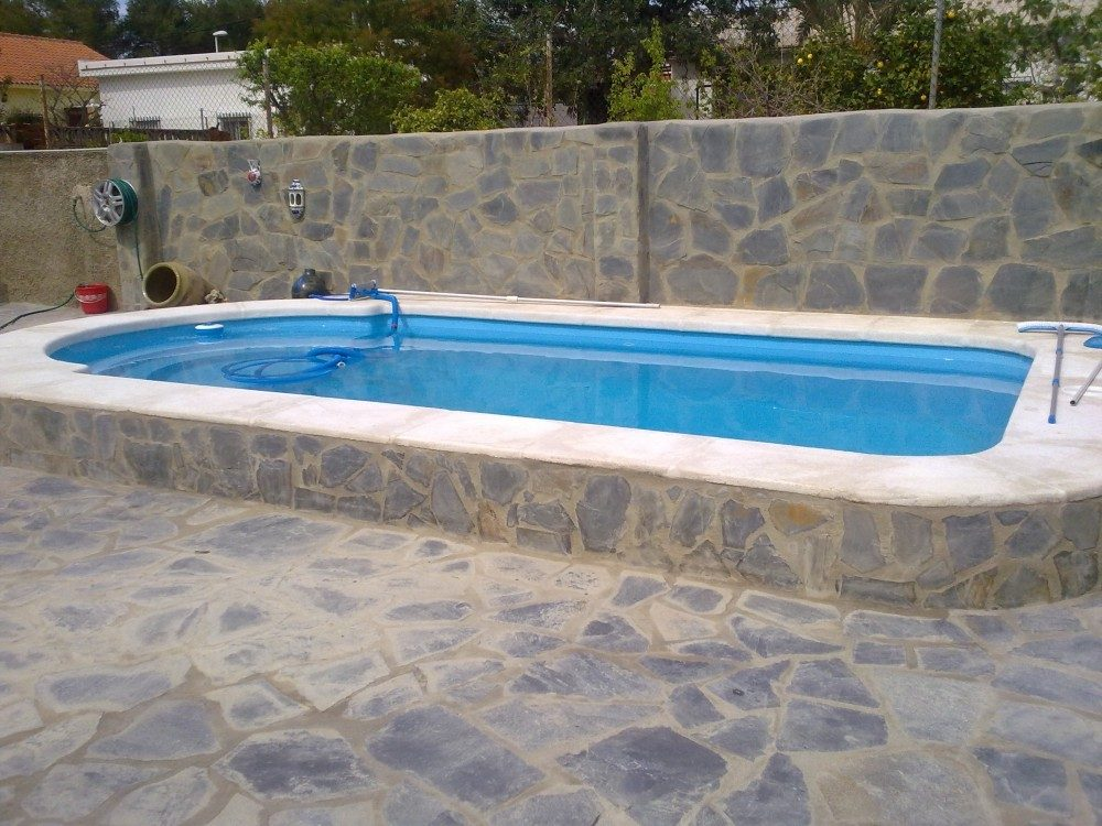 Piscina modelo c 61 codetrac s l expertos en piscinas for Modelos de piscinas de hormigon