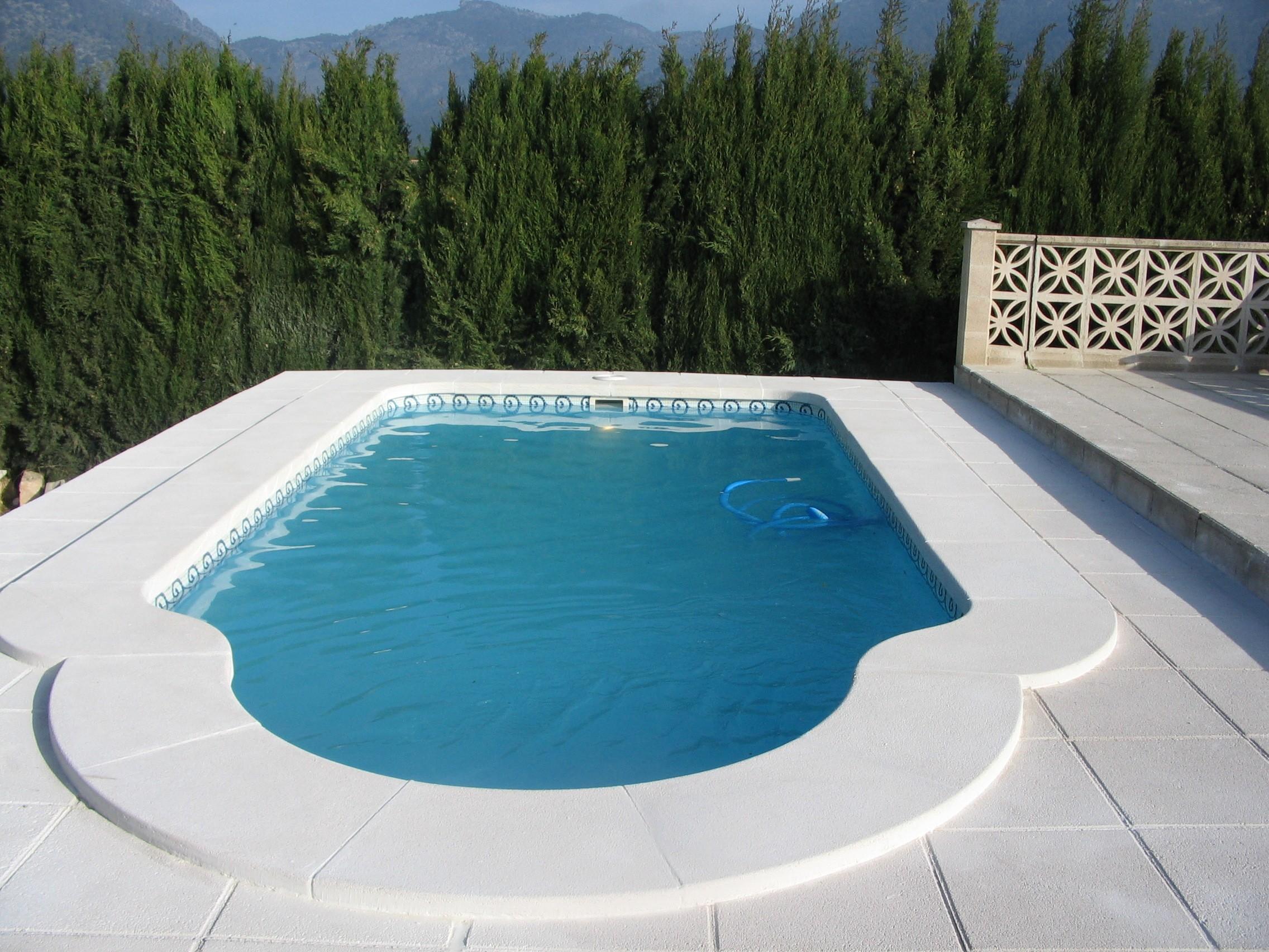 Piscina modelo c 6 codetrac s l expertos en piscinas for Piscinas pequenas de obra