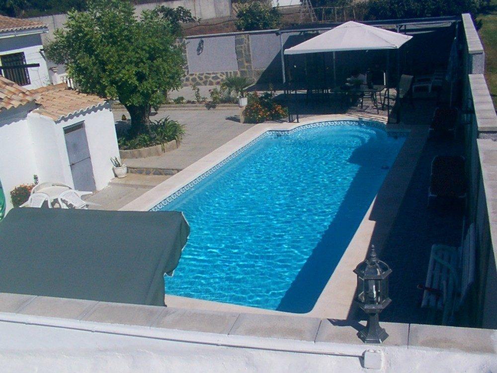 Piscina modelo c 9 codetrac s l expertos en piscinas for Piscinas fibra baratas